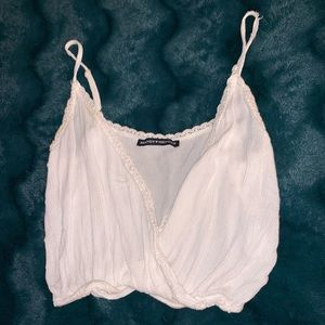 Brandy Melville white crop top • one size (S?)